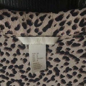 H&M Tops - H&M Size 8 Leopard Flounce Sleeve Blouse